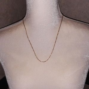 Jewelry - ❤❤14k gold Figaro necklace